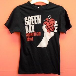 Tops - Green Day American Idiot Size Small